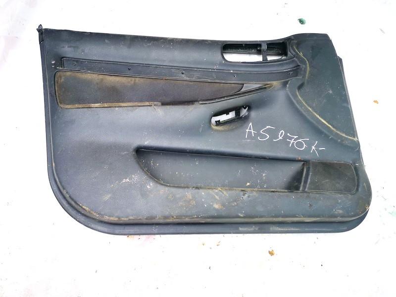 Duru apmusimas (apdaila-absifkes) P.K. Audi A4 1997    1.8 8d0867105