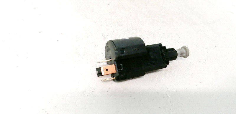 Brake Light Switch (sensor) - Switch (Pedal Contact) Opel Astra 2000    2.0 09132299