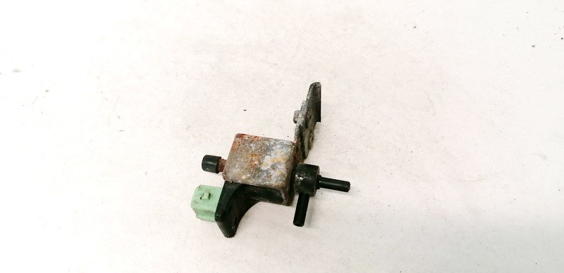 Selenoidas (Elektromagnetinis selenoidas) Peugeot 106 1995    1.5 USED
