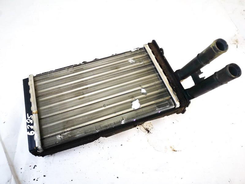 Salono peciuko radiatorius Volkswagen Passat 1997    1.8 8d1819031a