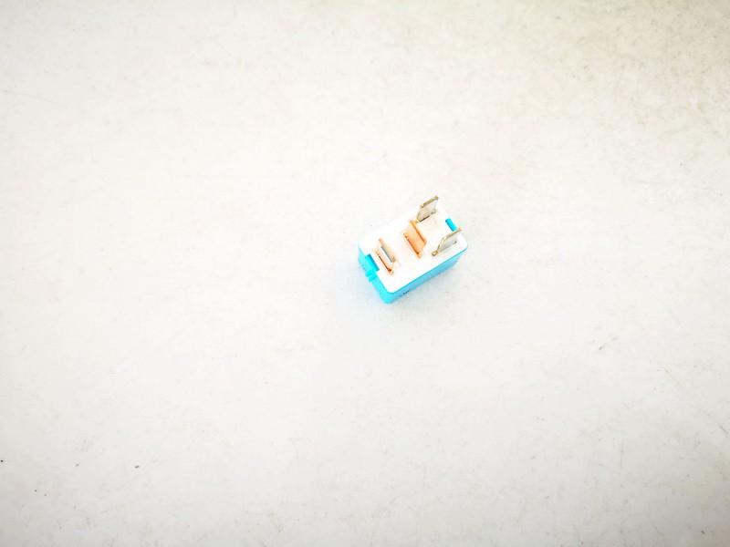 Rele Toyota RAV-4 2011    2.2 9098702027