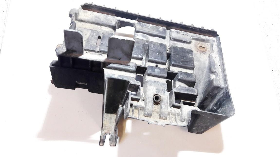 Battery Boxes - Trays Opel Meriva 2004    1.7 13167332
