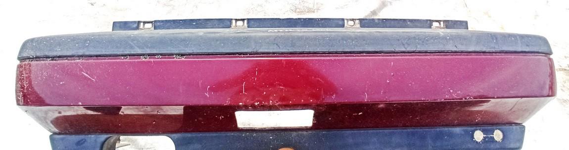 Bamperis G. Volkswagen Vento 1995    1.9 Raudona