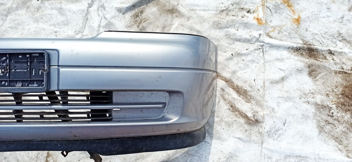 Bamperis P. Opel Astra 2003    1.6 Pilka