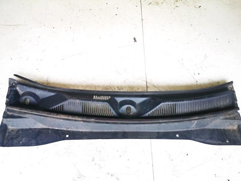Valytuvu apdailos plastmase P. Dodge Nitro 2008    0.0 55157158af
