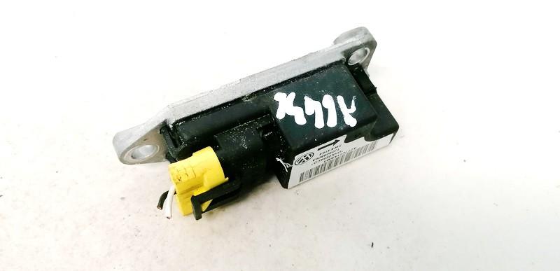 Srs Airbag crash sensor Volkswagen Golf 1998    1.9 1J0909606A