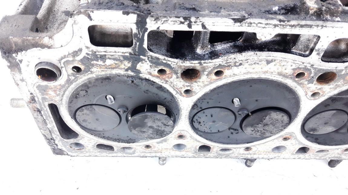 Variklio galvute Volvo V40 1999    1.9 used