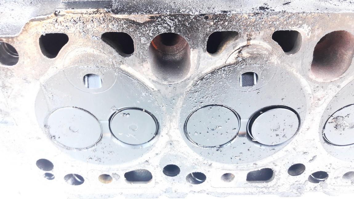 Variklio galvute Ford Mondeo 1997    1.8 used