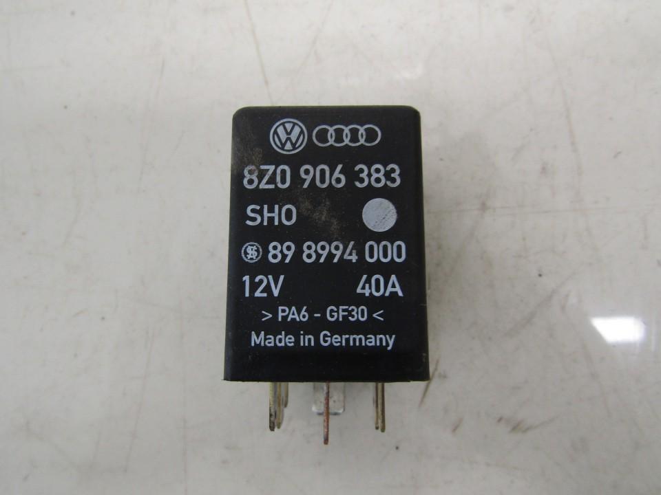 Relay module Audi A4 2000    1.9 8Z0906383