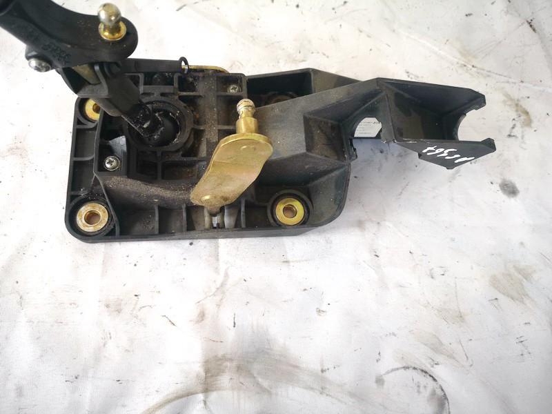 Begiu perjungimo kulisa mechanine Ford Focus 2002    1.8 2s4f7k387ha