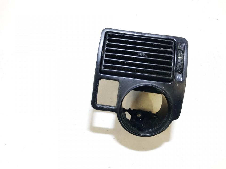 Salono oro groteles Volkswagen Golf 1998    1.6 1j1815715a
