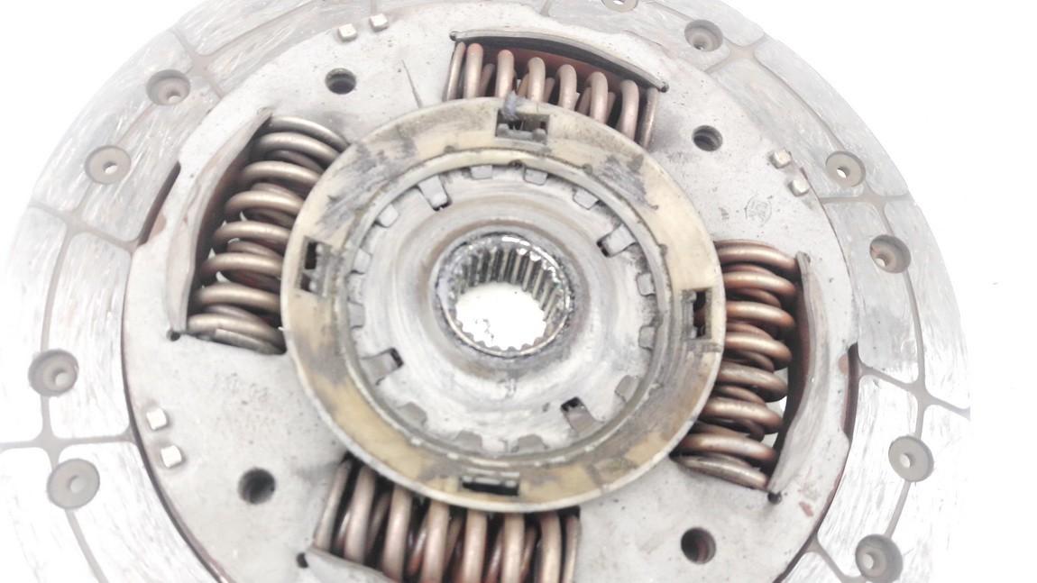 Sankabos diskas Ford Focus 2000    1.8 used