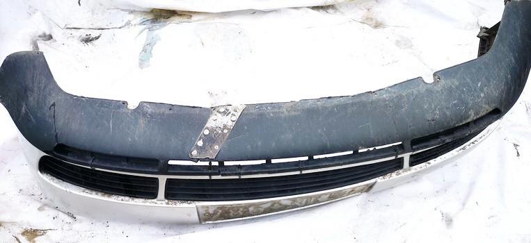 Bamperis P. Audi A4 1995    1.8 8d0807111