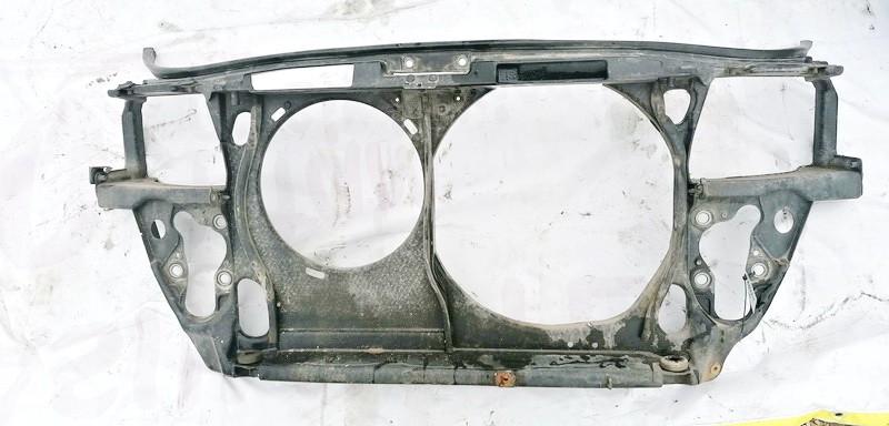 Televizorius (remas) P. Audi A4 1995    1.8 USED