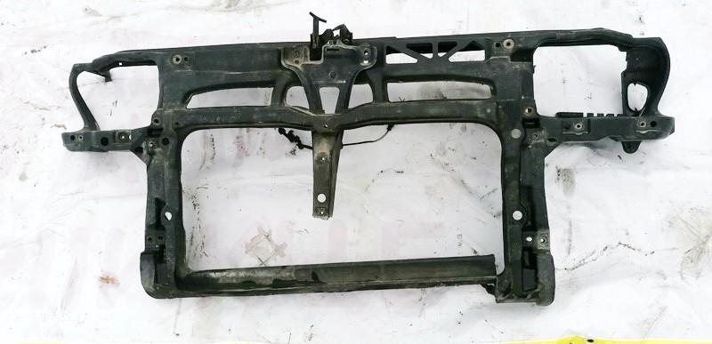 Televizorius (remas) P. Volkswagen Bora 2001    1.9 USED