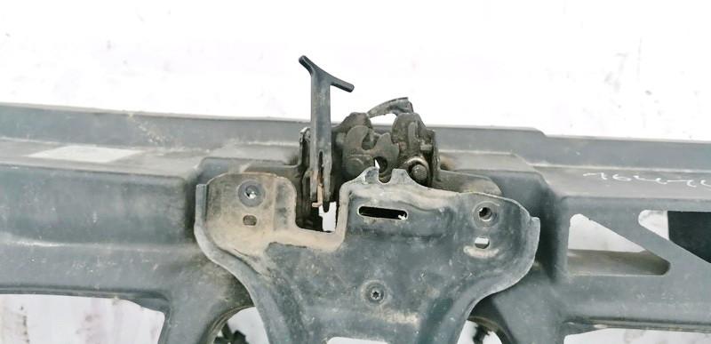 Kapoto spyna Volkswagen Bora 2001    1.9 USED