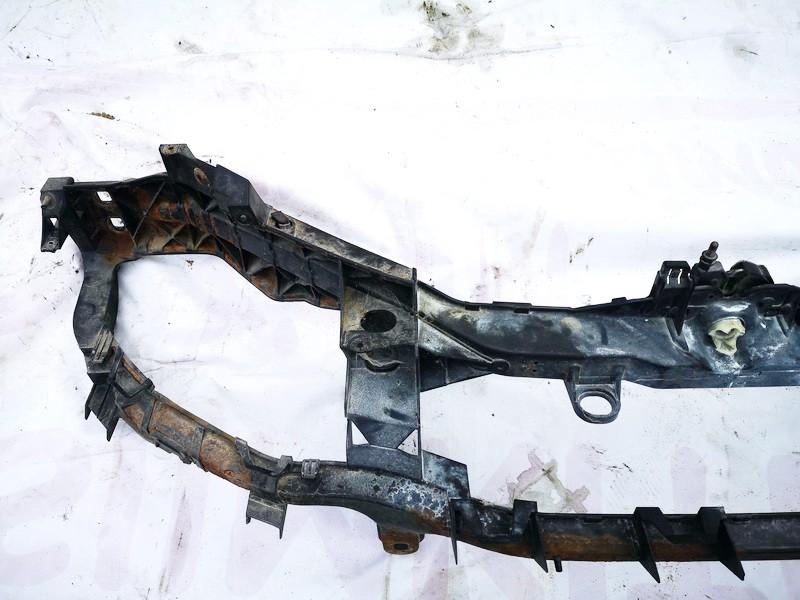 Televizorius (remas) P. Ford C-MAX 2003    1.8 used