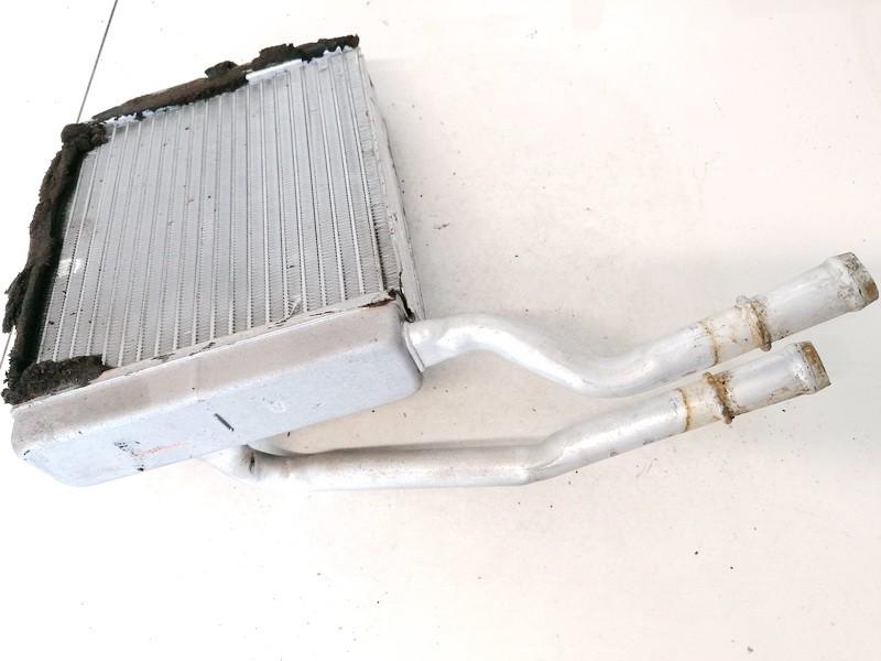 Salono peciuko radiatorius Ford Focus 2002    1.8 USED