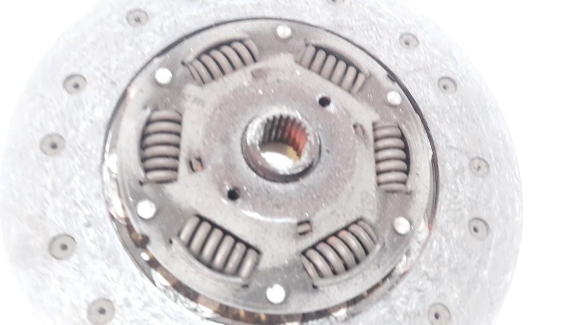 Sankabos diskas Audi A6 2004    1.9 038141032q