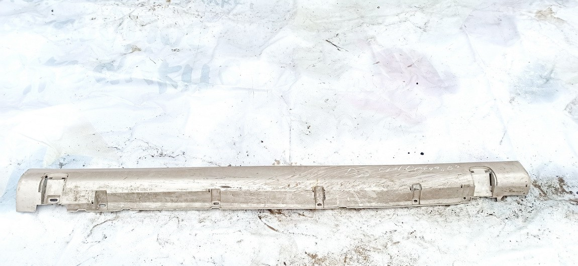Right Sill Moulding Opel Omega 1997    2.5 used