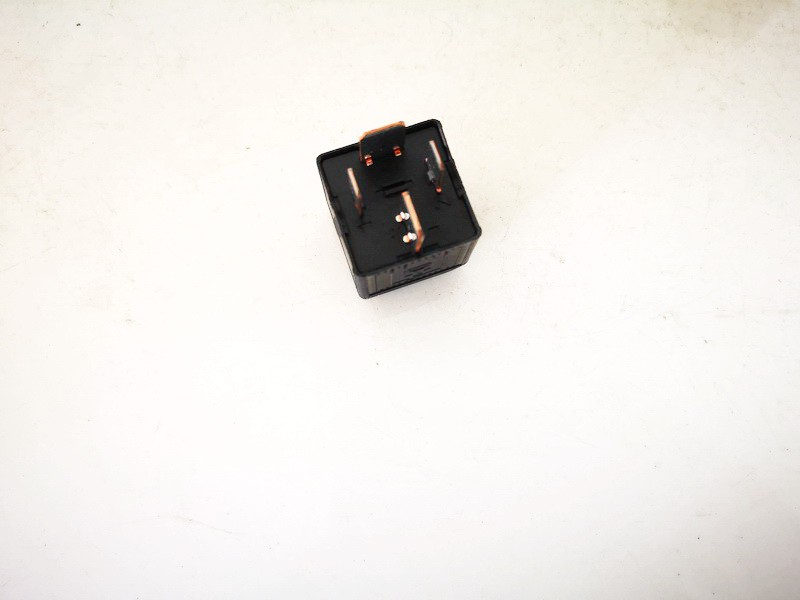 Relay module BMW 5-Series 2005    0.0 61366901469