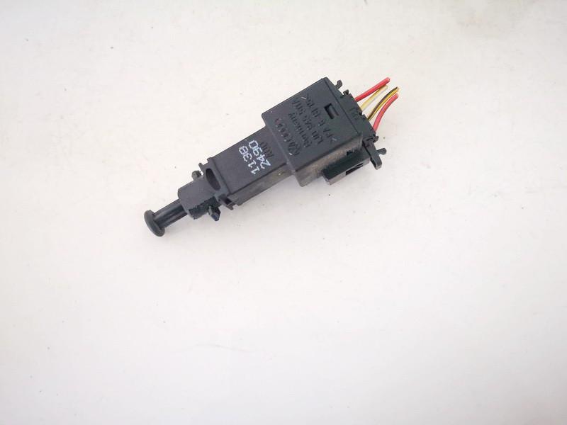Brake Light Switch (sensor) - Switch (Pedal Contact) Volkswagen Golf 1998    1.6 1j0945511a