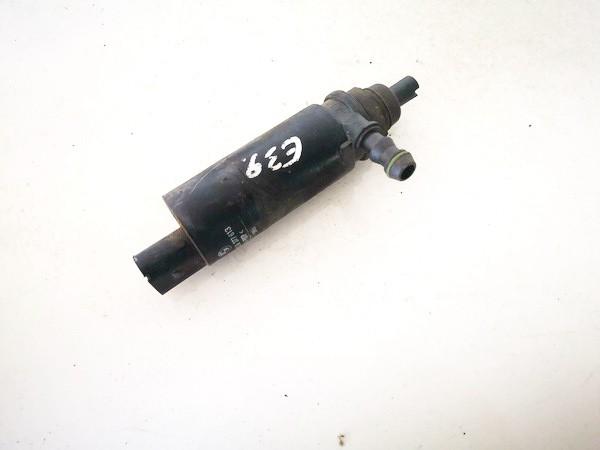 Zibintu apiplovimo varikliukas BMW 5-Series 2001    0.0 67128377613