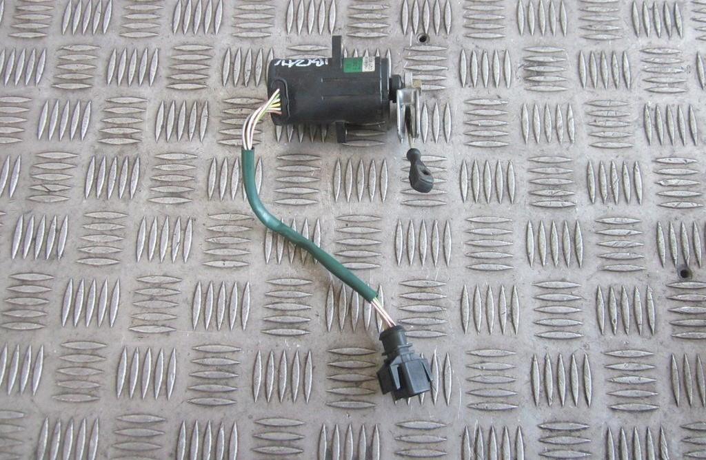 Accelerator throttle pedal (potentiometer) Seat Ibiza 2000    1.4 021907475d