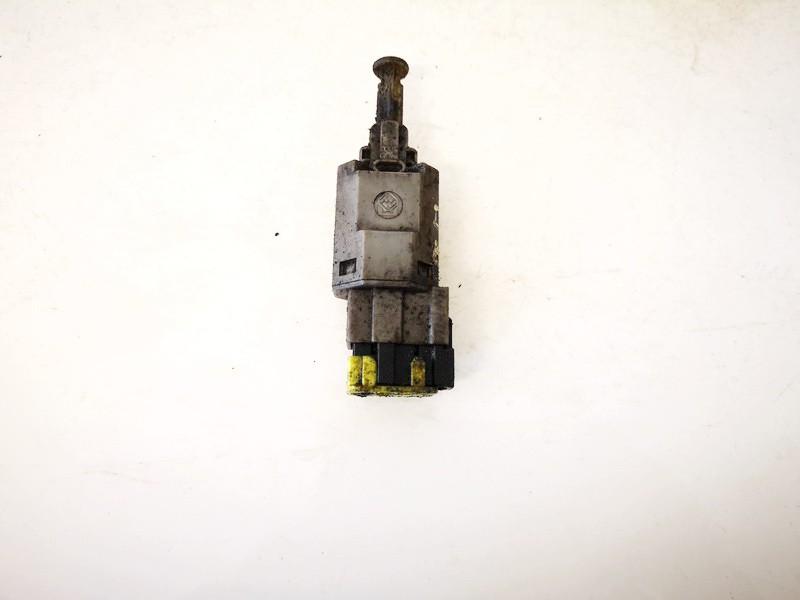 Brake Light Switch (sensor) - Switch (Pedal Contact) Toyota Picnic 2001    2.0 ga2c6649y