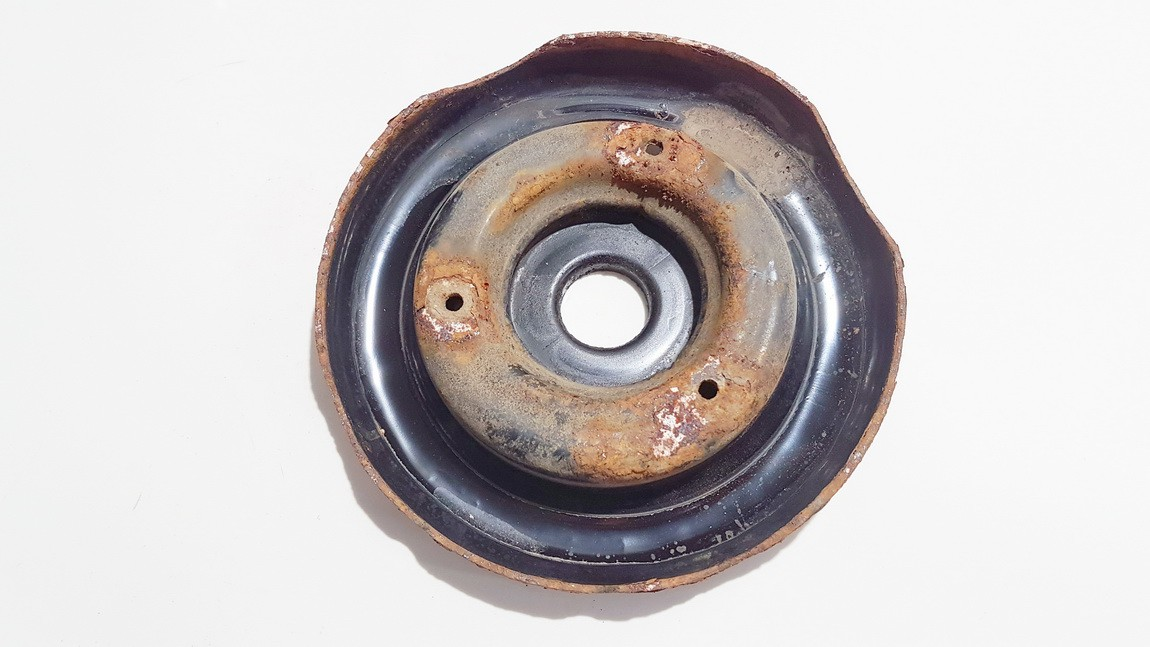 Amortizatoriaus atrama P.D. Nissan Primera 2004    2.2 used