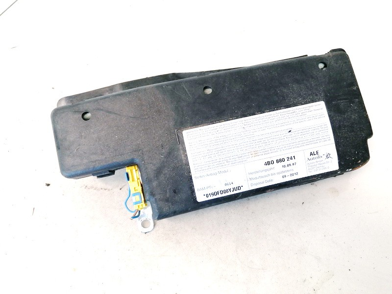 Sedynes Airbag SRS Audi A6 2001    2.5 4b0880241