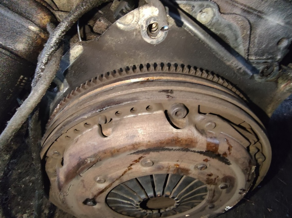 Sankabos komplektas Volkswagen Passat 1999    1.8 used