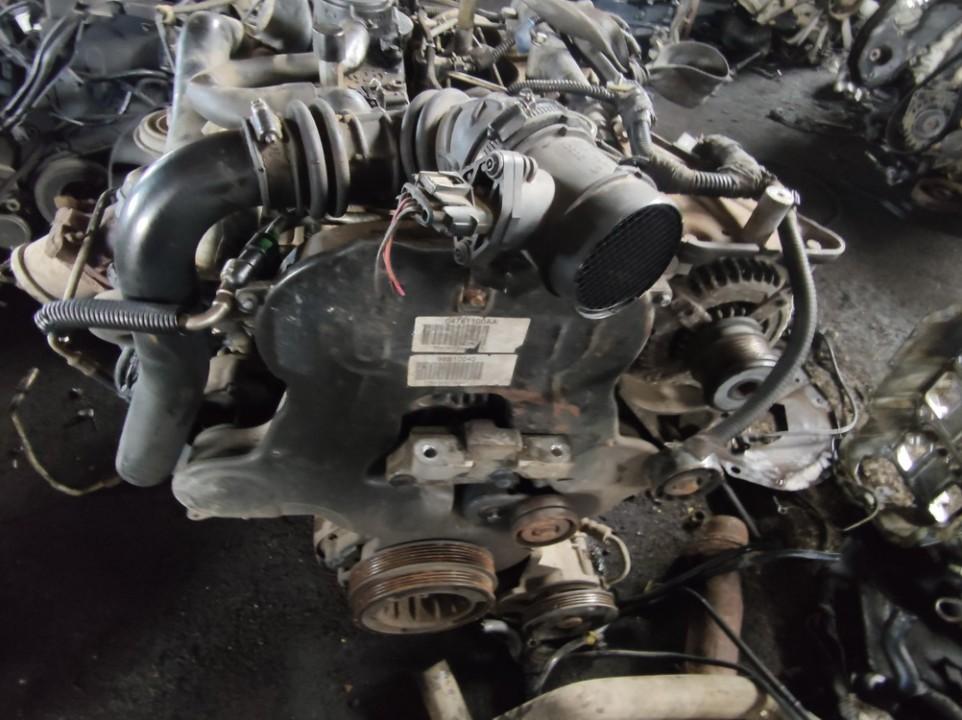 Variklis Chrysler Voyager 2001    2.5 enc