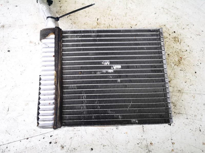 Salono peciuko radiatorius Ford C-MAX 2003    1.8 used