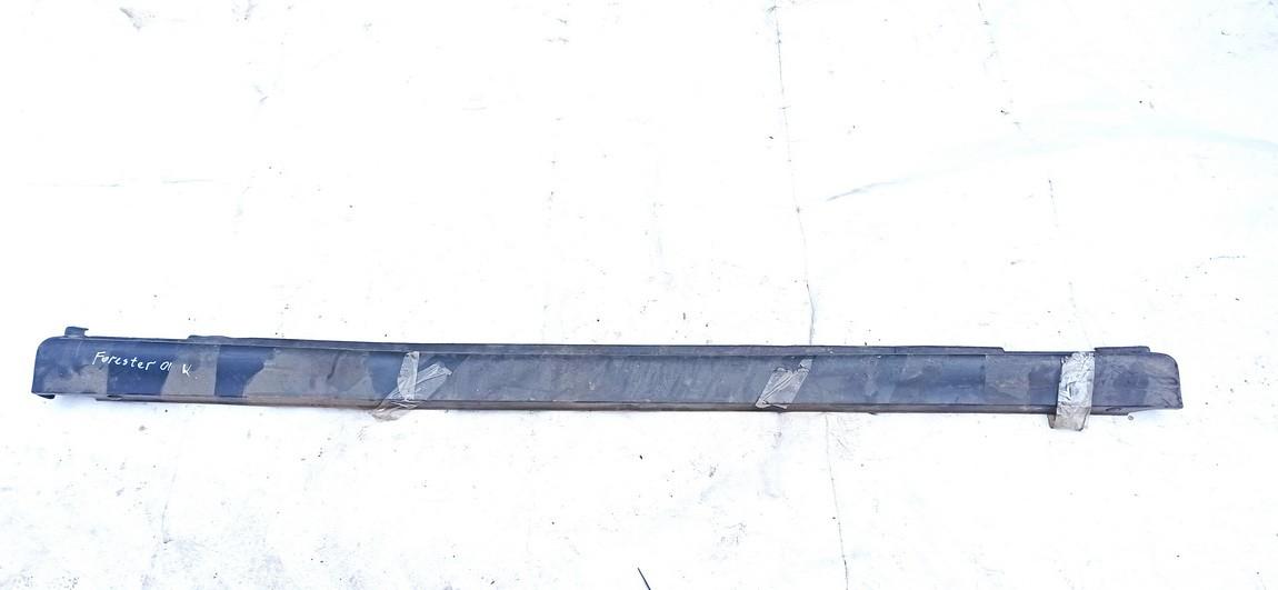 Plastmasinis slenkstis kairys Subaru Forester 2001    2.0 used