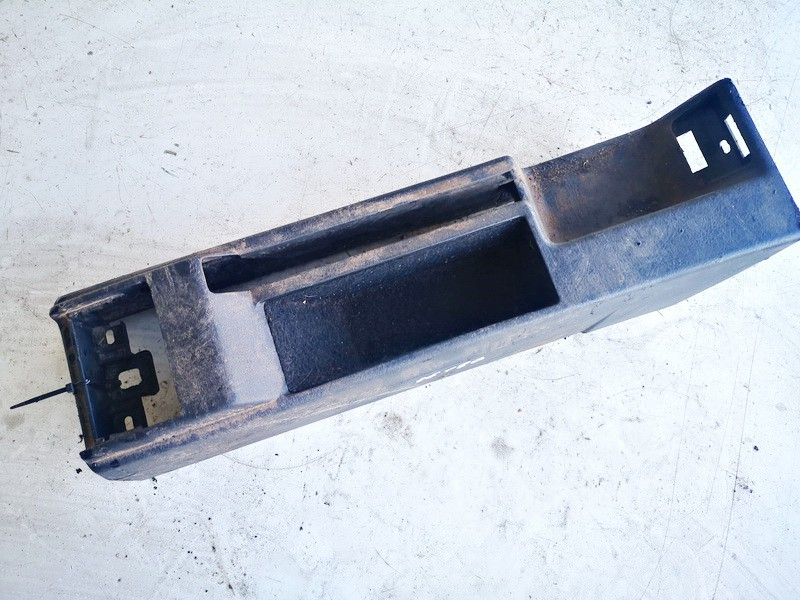 Salono apdaila (plastmases) Audi 80 1993    1.9 893863300a