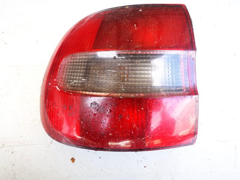 Galinis Zibintas G.K. Volvo V40 1997    1.9 used