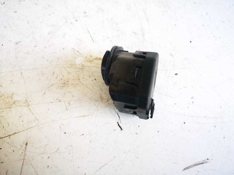Zibinto aukscio reguliatorius (korektorius) Volkswagen Bora 2001    1.9 1j0941295c