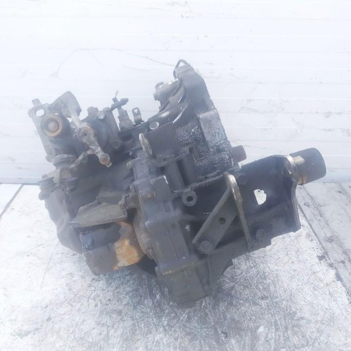 Greiciu deze Toyota Corolla Verso 2005    2.0 used