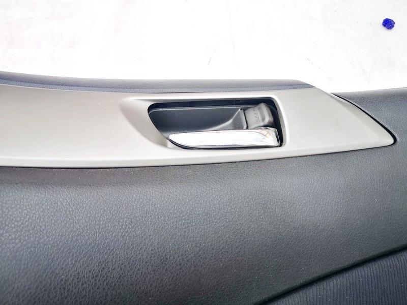 Duru vidine rankenele P.D. Subaru Forester 2009    0.0 used