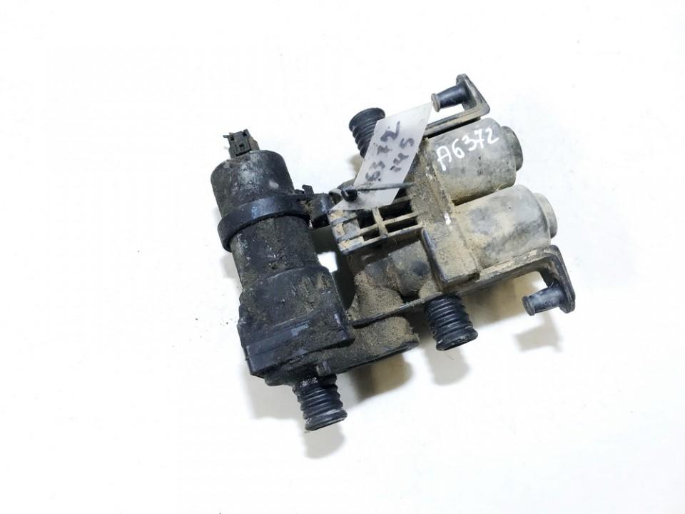 Tosolo peciuko voztuvai (vandens voztuvas) (kiausiniai) BMW 5-Series 1998    2.5 8374994