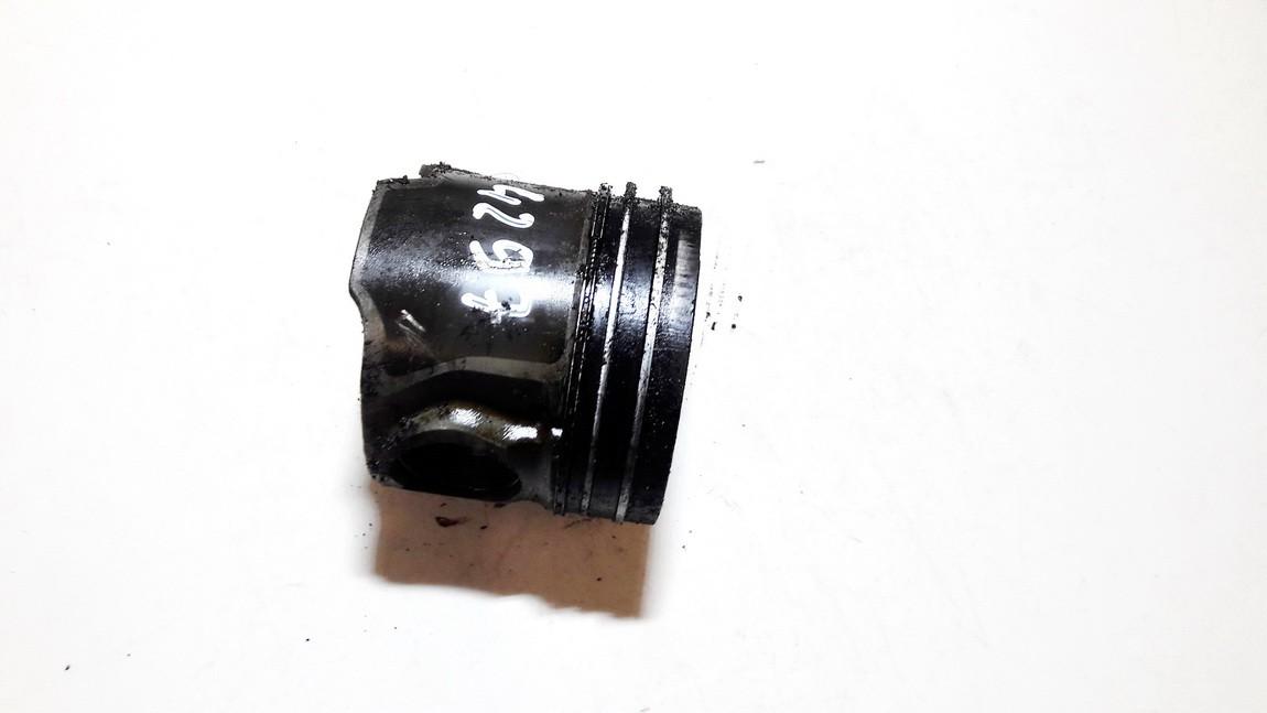 Stumoklis Kia Sorento 2004    2.5 used