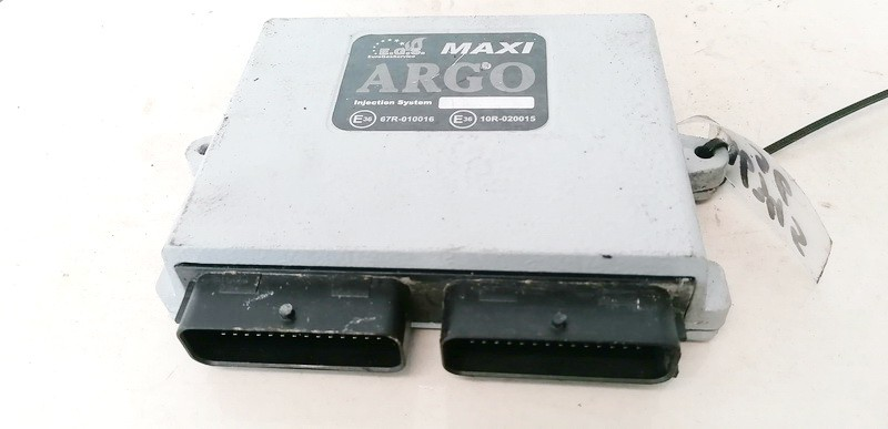 Duju kompiuteris Audi A6 1999    2.4 E3667R010016