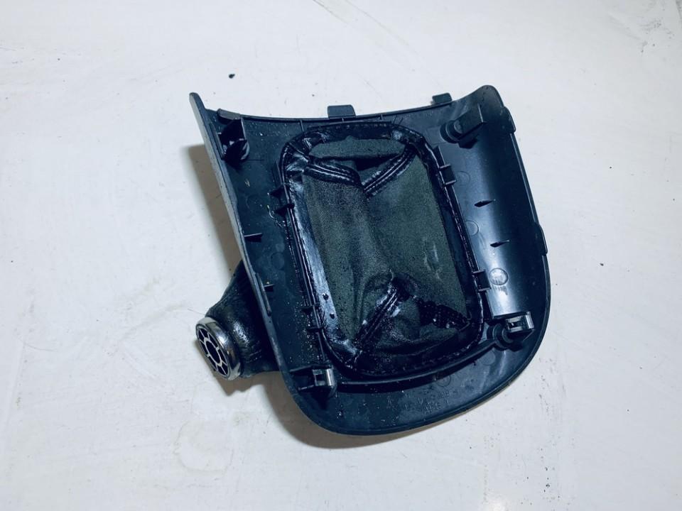 Pavaru svirties apdaila (apvalkalas) Toyota RAV-4 2002    2.0 158821190h0