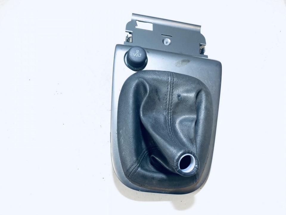 Pavaru svirties apdaila (apvalkalas) Volvo V40 2002    1.9 30630192