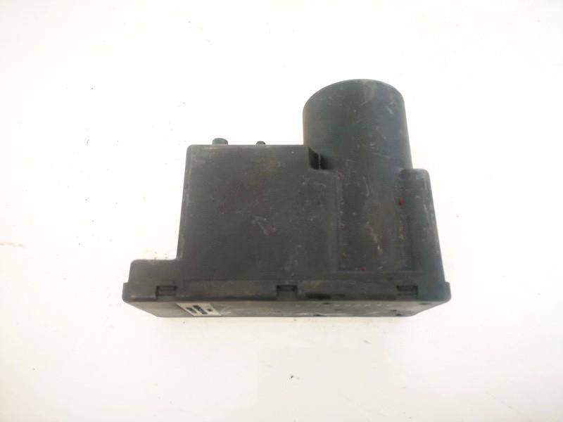 Central Locking Pump Audi A4 1995    1.8 4a0862257a