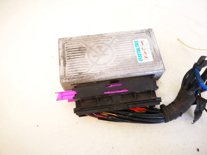 Duju kompiuteris Audi A6 1998    1.8 67r014862