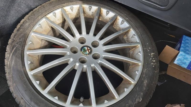 Lietu ratu komplektas R17 Alfa-Romeo 156 2004    2.4 used