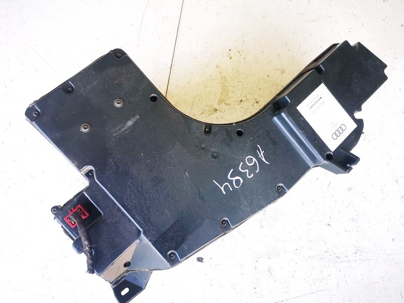 Loudspeaker (Subwoofer) Audi A6 1998    1.8 4b5035382
