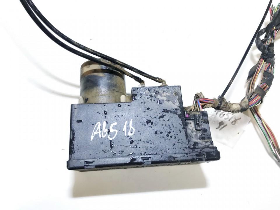 Central Locking Pump Audi A4 1996    1.9 8l0862257e